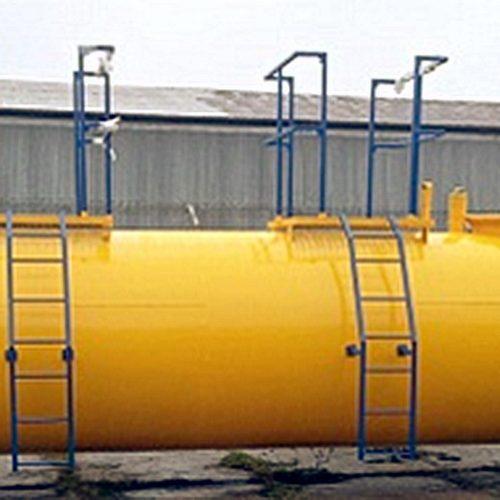 Lagerbehälter + Tanks